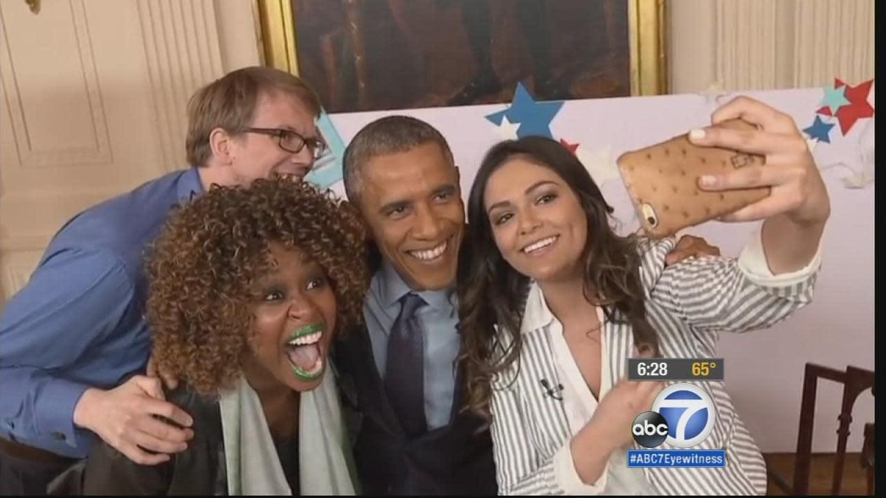 Obama seeks broader audience through YouTube personalities