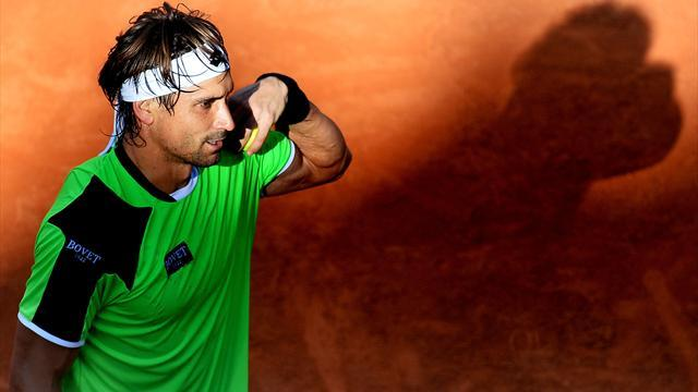 French Open - Strange day in the office leaves Ferrer chuckling