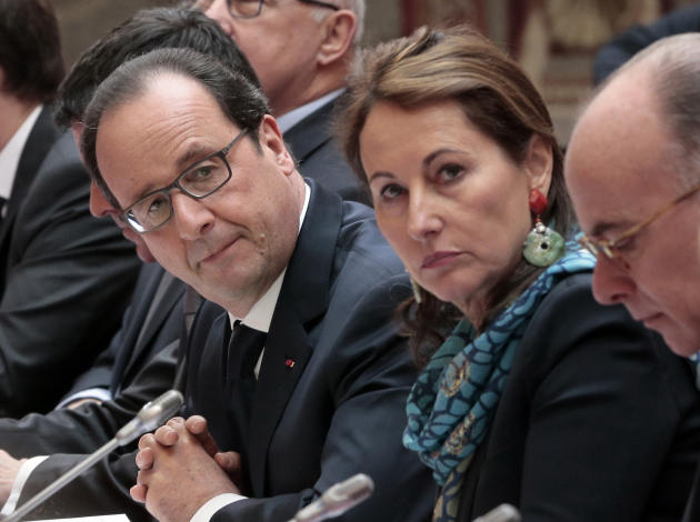 FOR STORY SLUGGED FRANCE PRESIDENT'S EX BY SYLVIE CORBET - In this photo taken Tuesday, Feb. 24, 2015 French President Francois Hollande, left, French Ecology Minister Segolene Royal and French In