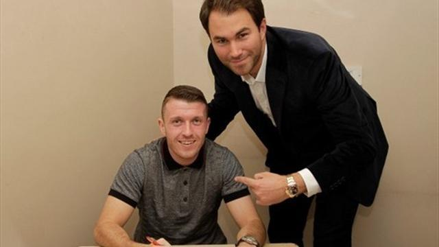 Boxing - Cardle to fight Fox in Glasgow