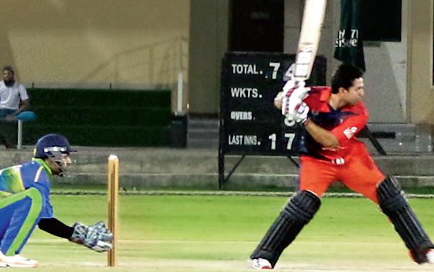 Cricket: Nawabs storm into final