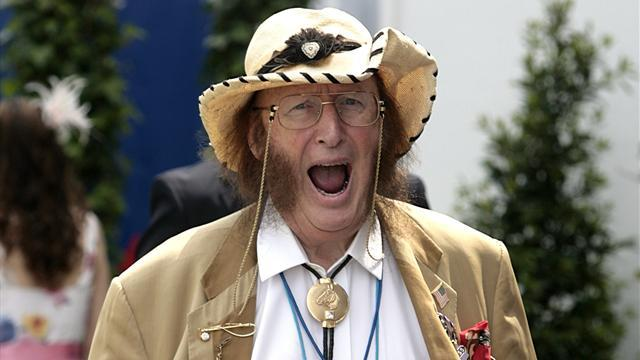 Horse Racing - Unwell McCririck hospitalised at Cheltenham