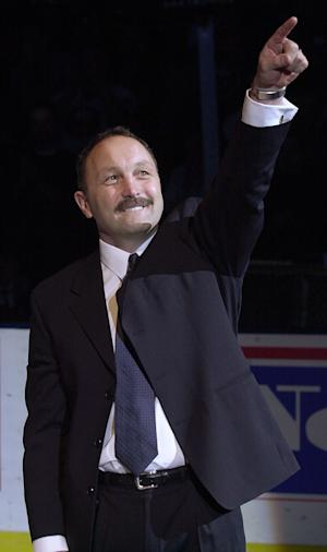 Trottier, Irbe hired as Sabres assistant coaches