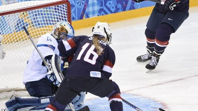 Ice Hockey - US open with clinical win over Finland