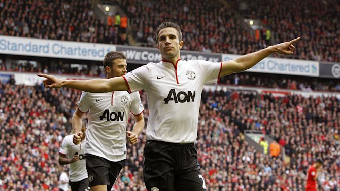 Robin van Persie's late penalty gave Manchester United victory