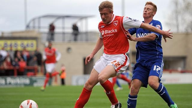 Football - Parrish extends Shrimps stay