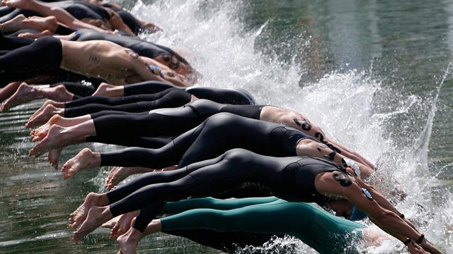 Swimming - Burnell impresses in open water at worlds