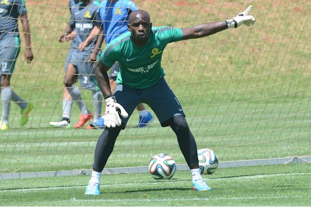 Mweene: Fighting with national team keepers makes us stronger at Sundowns