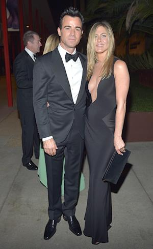 Jennifer Aniston Flaunts Cleavage, Shows Off Engagement Ring at LACMA Event With Justin Theroux