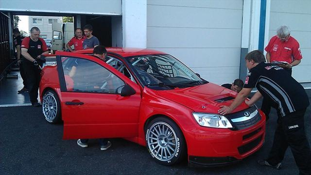WTCC - LADA Sport test for 2014 at Magny-Cours
