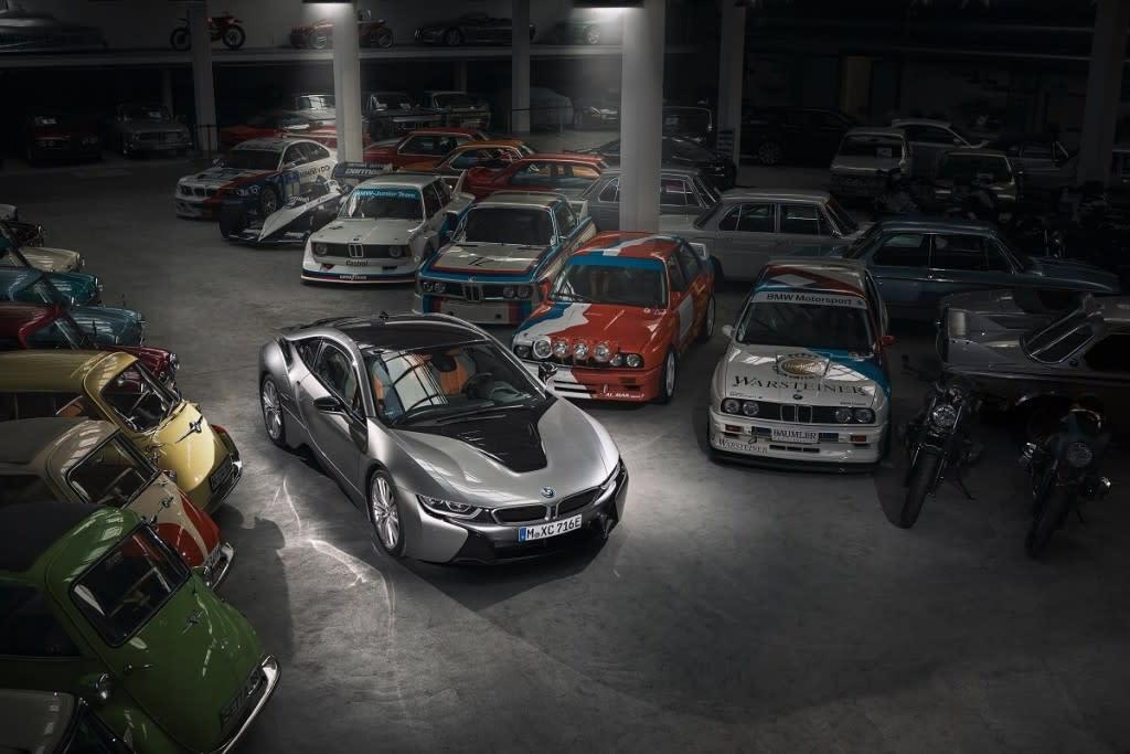 開創BMW eDrive技術的先鋒 i8 即將進入名「車」堂之回顧