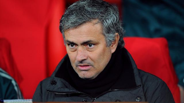 Premier League - Mourinho drops huge hint over Chelsea return