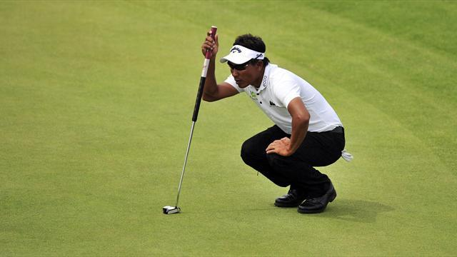 Golf - Putting masterclass puts Jaidee three clear in windy Durban