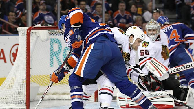 Chicago Blackhawks v Edmonton Oilers