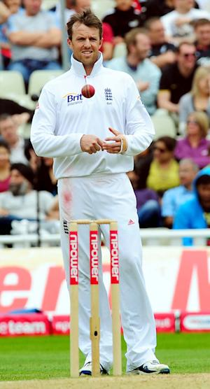 Ray Illingworth has criticised England's decision to drop Graeme Swann for the second Test