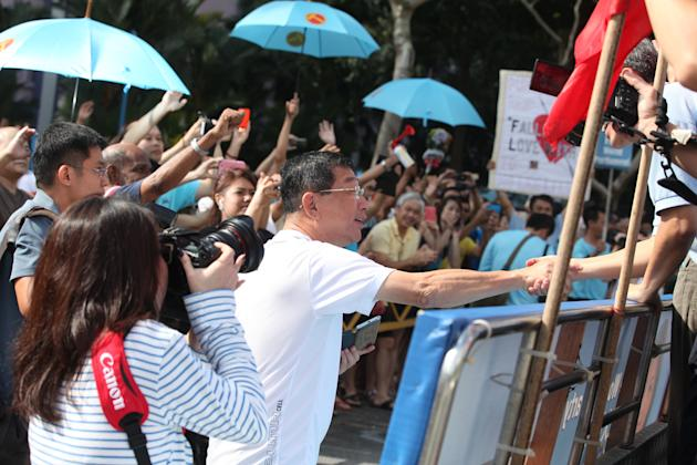 Resident of Punggol East showing their support to the Workers Party.