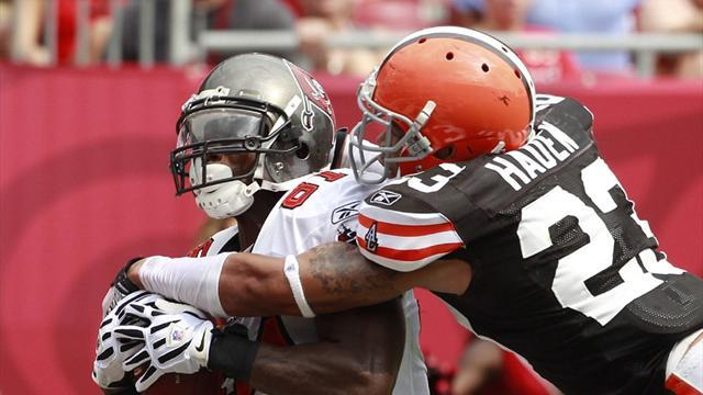 American Football - Haden extends with Browns