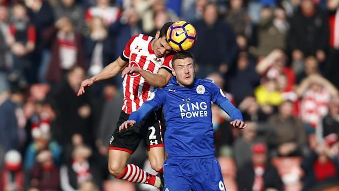 Leicester City's Jamie Vardy in action with Southampton's Cedric Soares