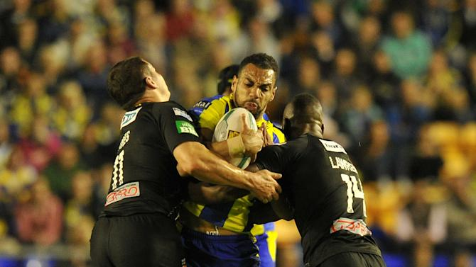 Rugby League - Super League Semi-Final - Warrington Wolves v Huddersfield Giants - Halliwell Jones Stadium