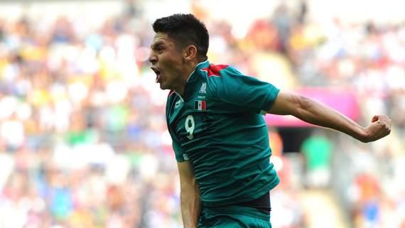 World Player of the Week: Oribe Peralta - Mexico