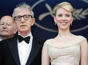 "Scarlett Johannson: Dylan Farrow's Essay Was ""Irresponsible,"" There's No Woody Allen ""Backlash"""