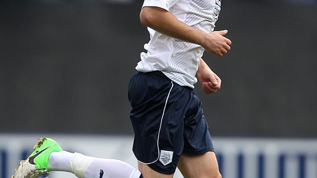 Football - Preston squeeze through