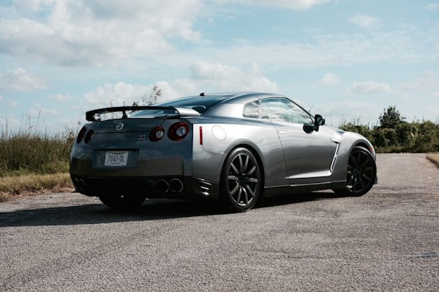 nissan gt r 370z nismo and juke nismo rs tested yahoo autos. Black Bedroom Furniture Sets. Home Design Ideas