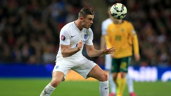 Football - Henderson eyes Italy revenge