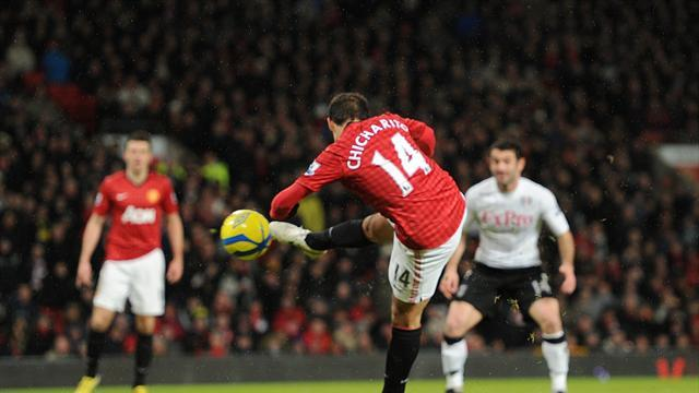 Football - Hernandez steers United's cup passage