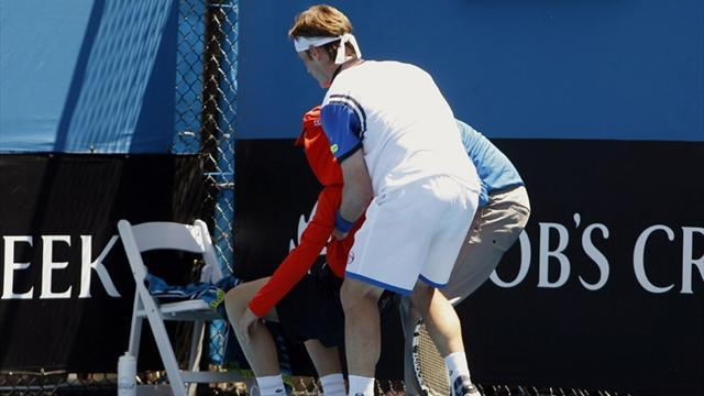 Australian Open - 'It's inhumane!': Player, ball boy faint as heat wreaks havoc