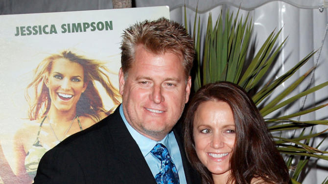 Joe Simpson, Tina Simpson