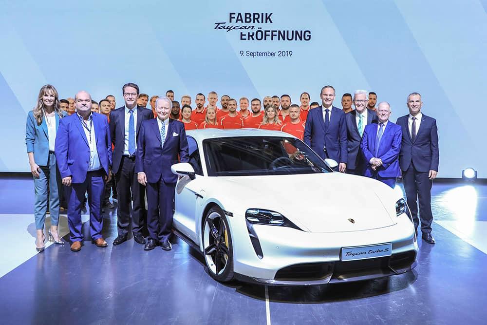 品牌再寫嶄新篇章!純電跑車Porsche Taycan專屬廠區全新揭幕