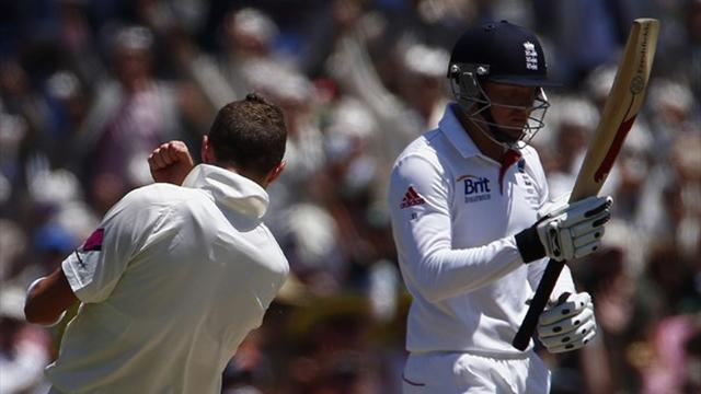 Ashes - Australia skittle England in fifth Test