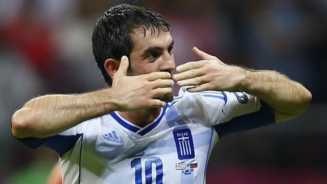 Premier League - Fulham snap up free agent Karagounis