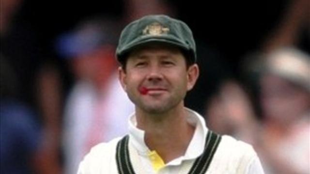 County - Ponting agrees to join Surrey