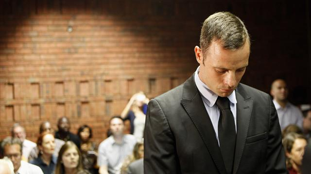 Pistorius case - Pistorius 'broken, on verge of suicide'