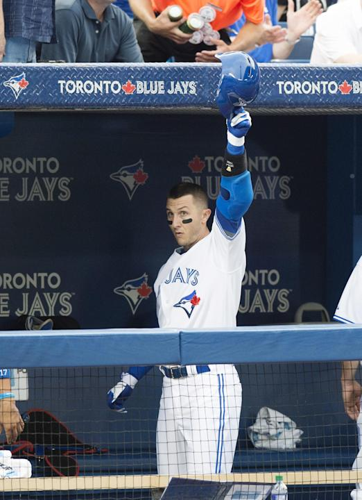 Tulowitzki homers and has 3 hits, Jays beat Phillies 8-2