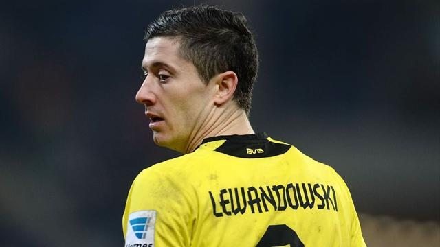 Bundesliga - Real 'offered huge deal' to stop Lewandowski going to Bayern