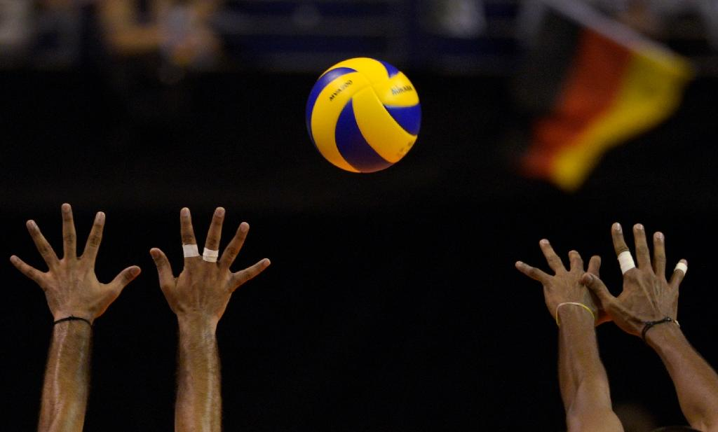 Two Cuban volleyball players defect to US: media