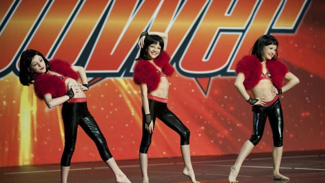 """Paige, Chloe and Brooke perform in """"Dance Moms."""""""