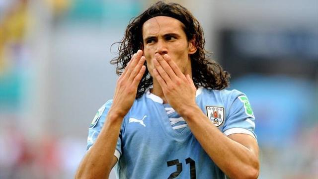Ligue 1 - Cavani set for Monday medical at PSG - reports