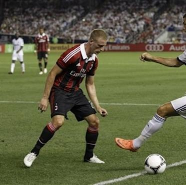 In 5-1 Real win, Kaka shows why AC Milan wants him The Associated Press Getty Images Getty Images