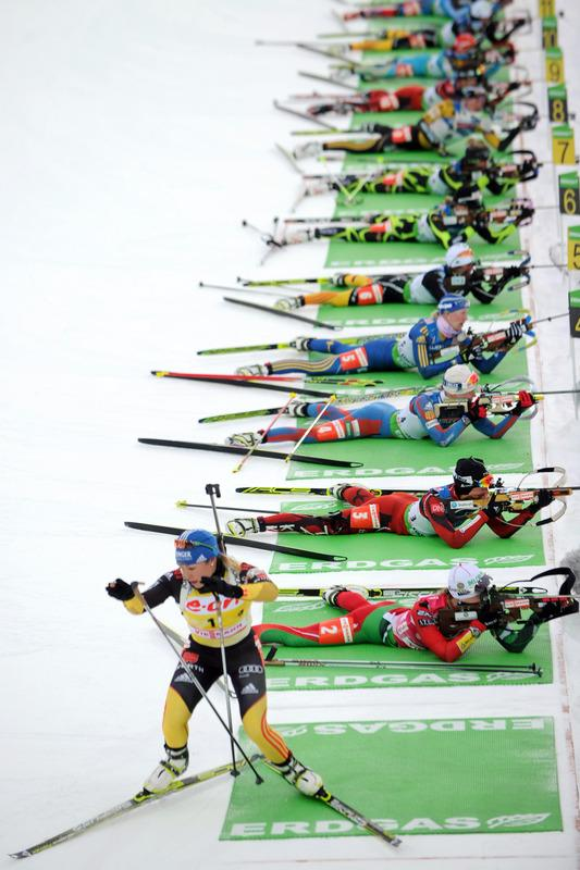 Germany's Magdalena Neuner (L) Competes AFP/Getty Images