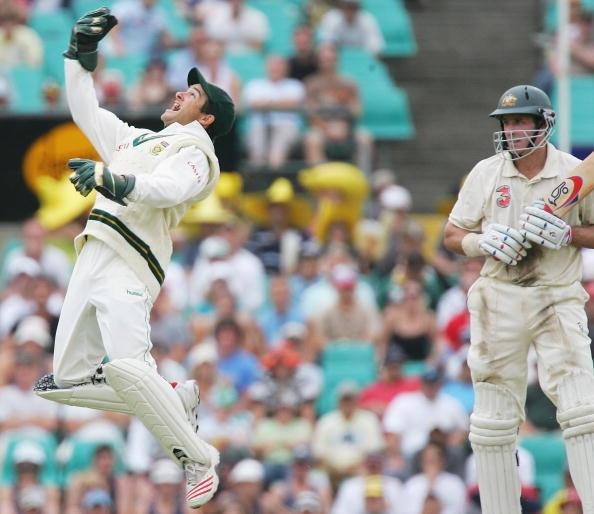 SYDNEY, NSW - JANUARY 04:  Mark Boucher of South Africa celebrates his catch to dismiss Mike Hussey of Australia during day three of the Third Test between Australia and South Africa played at the SCG