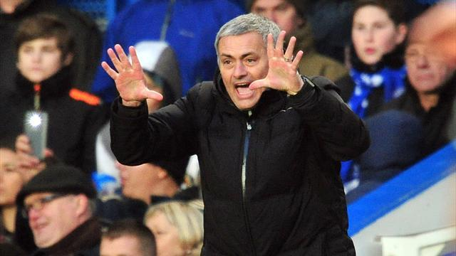 Premier League - Mourinho: Liverpool have title race advantage