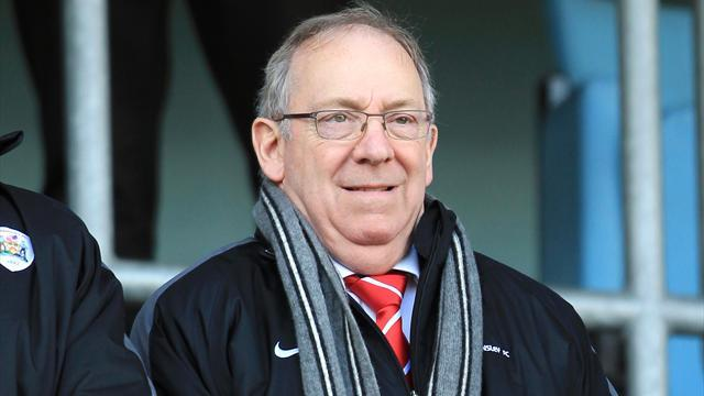 Championship - Barnsley chief exec Rowing to retire