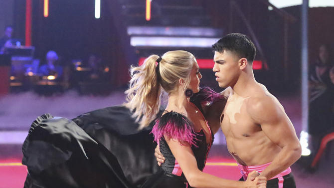 Lindsay Arnold and Victor Ortiz (4/22/13)