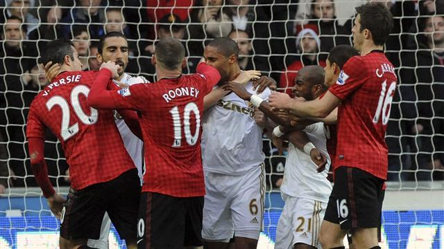 Premier League - Fergie: Williams 'could have killed Van Persie'