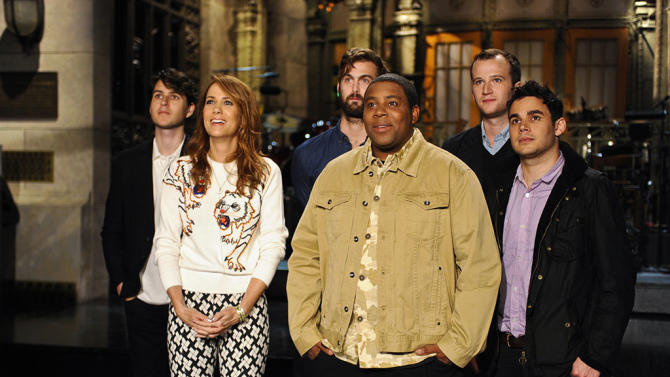 """Saturday Night Live"" - Kristen Wiig / Vampire Weekend"