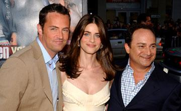 Premiere: Matthew Perry, Amanda Peet and Kevin Pollak at the world premiere of Warner Brothers' The Whole Ten Yards - 4/7/2004